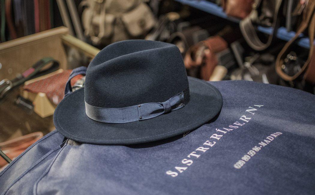 Hace algunos meses me pasé por la sombrerería madrileña Yoqs fea0115e3382